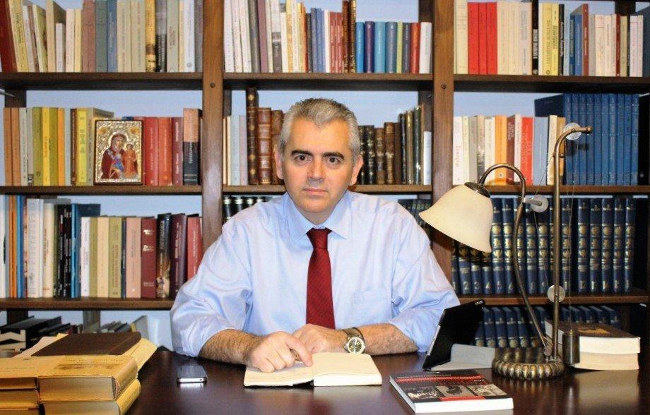 Μάξιμος Χαρακόπουλος