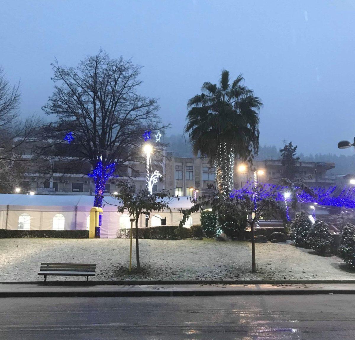201901030550533635 1200x1149 - Χιονίζει σε όλη την επαρχία Φαρσάλων