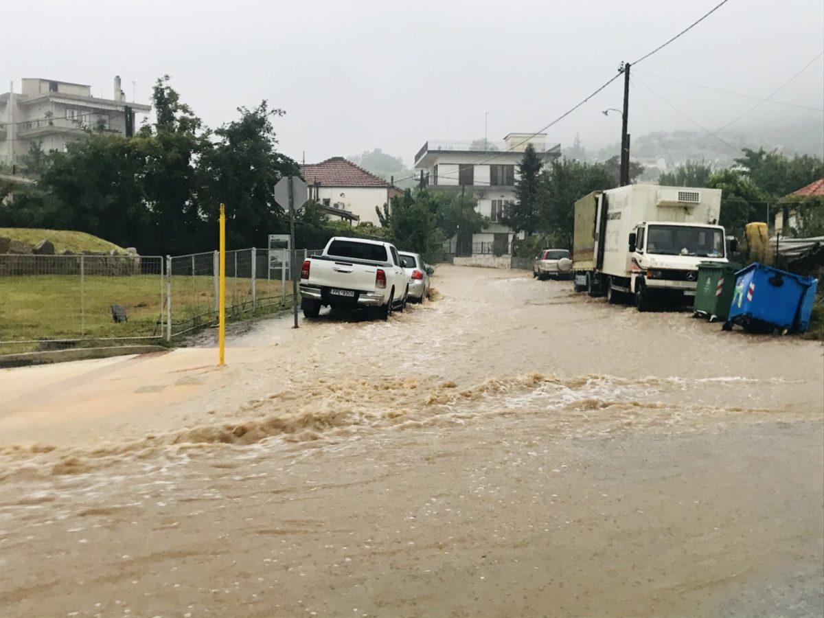 202009190950200759 1200x900 - Βίντεο: Πλημμυρισμένα χωριά στα Φάρσαλα