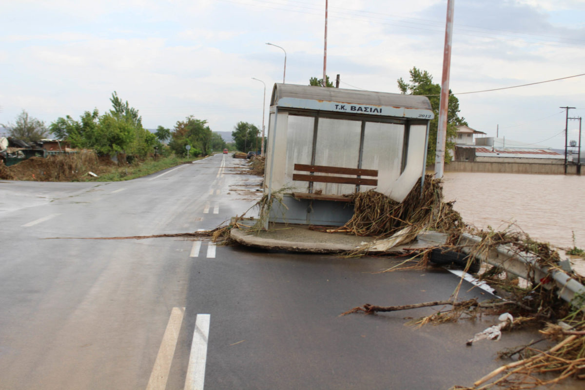 202009200550571778 1200x800 - Εικόνες βιβλικής καταστροφής στα Φάρσαλα (δείτε φωτογραφίες)