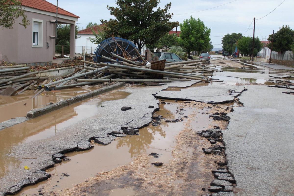 202009200552146461 1200x800 - Εικόνες βιβλικής καταστροφής στα Φάρσαλα (δείτε φωτογραφίες)