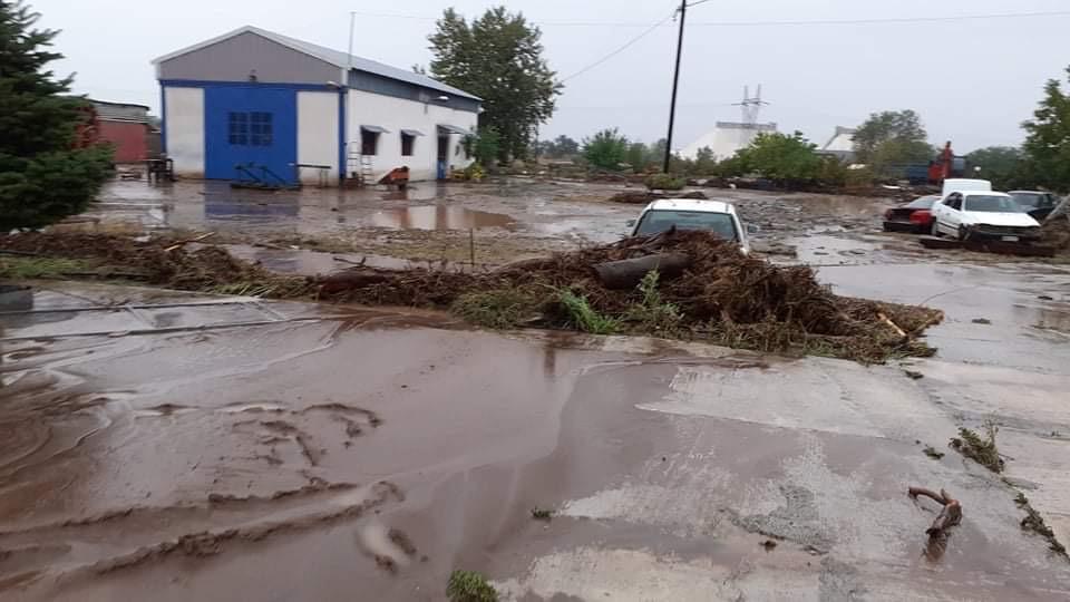 202009200607582508 - Εικόνες βιβλικής καταστροφής στα Φάρσαλα (δείτε φωτογραφίες)