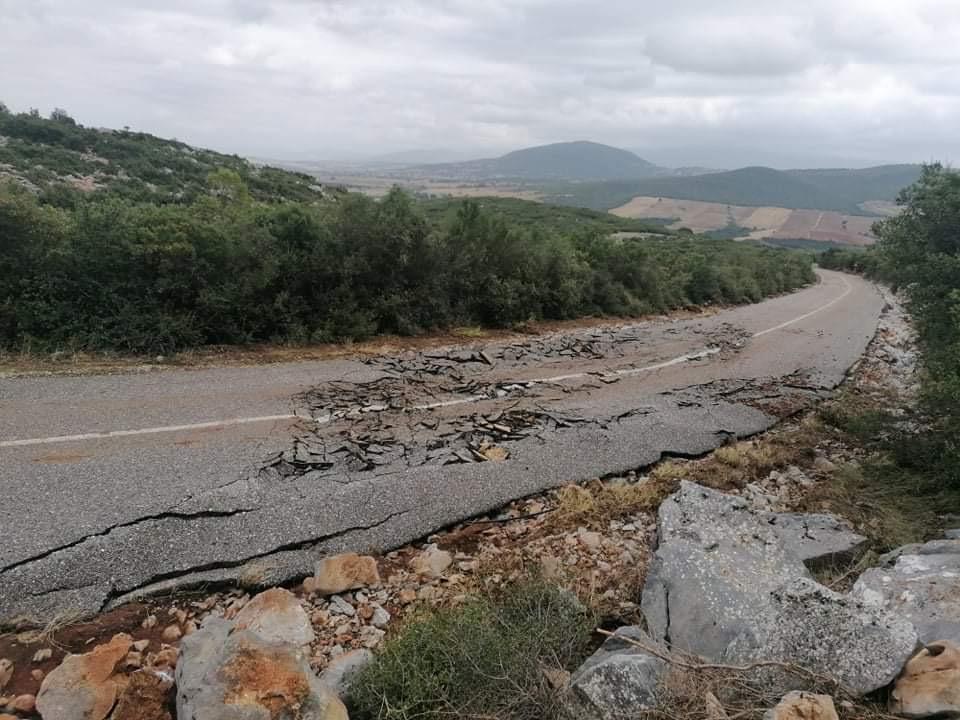 202009200611573904 - Εικόνες βιβλικής καταστροφής στα Φάρσαλα (δείτε φωτογραφίες)