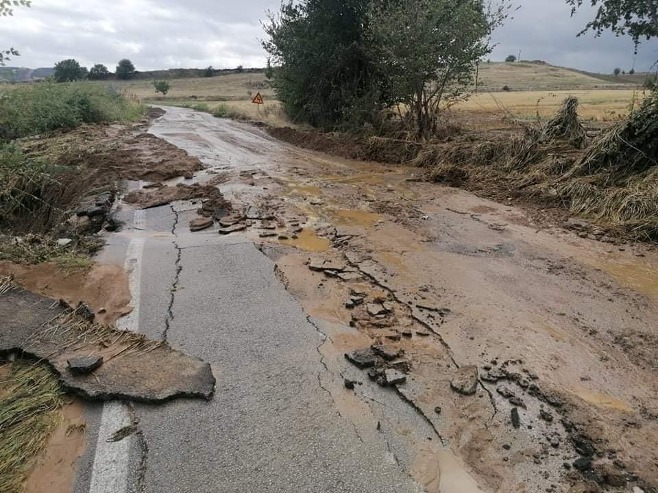 202009200612045473 - Εικόνες βιβλικής καταστροφής στα Φάρσαλα (δείτε φωτογραφίες)