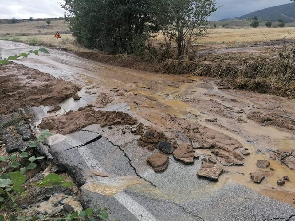 202009200612061705 - Εικόνες βιβλικής καταστροφής στα Φάρσαλα (δείτε φωτογραφίες)