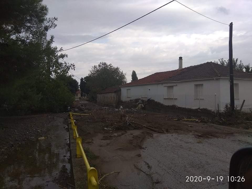 202009200616284339 - Εικόνες βιβλικής καταστροφής στα Φάρσαλα (δείτε φωτογραφίες)
