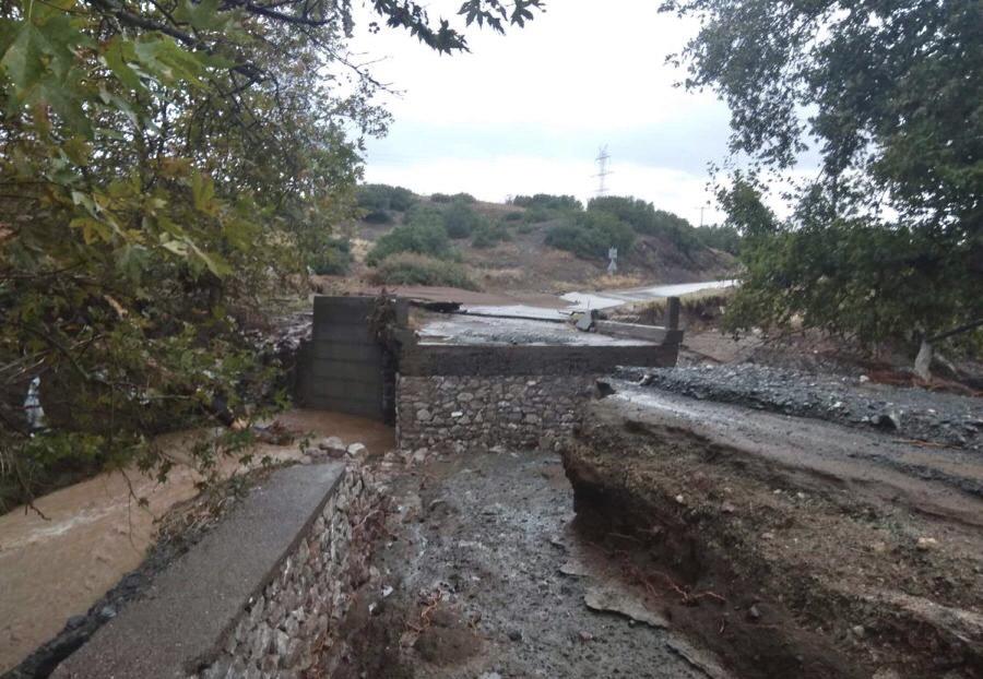 202009200618279713 - Εικόνες βιβλικής καταστροφής στα Φάρσαλα (δείτε φωτογραφίες)